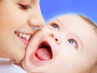 چرا باید به فرزندم، شیر خودم را بدهم؟
