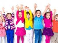 مسیر رسیدن به شادی و موفقیت را به کودکان بیاموزید