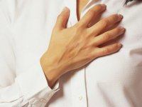 علت سوزش سر دل چیست؟