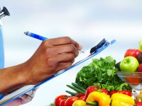 چه زمانی باید به مشاور تغذیه مراجعه کنیم؟