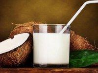 فواید آب (شیر) نارگیل برای زنان باردار