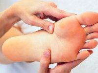 درمان های خانگی پوسته پوسته شدن کف پاها