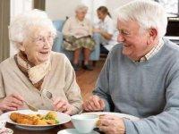 نقش پروتئین در قوی نگهداشتن سالمندان
