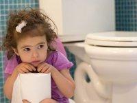 کمک به کودک مبتلا به یبوست
