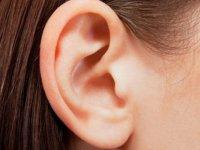 درمان های خانگی جوش های سرسیاه روی گوش