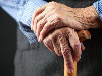 پارکینسون؛ علل، علائم و درمان