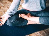 حرکات یوگا برای هضم غذا
