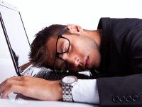 خستگی، کوفتگی و بی حالی؛ عارضه شایع در جامعه