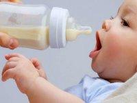 مروری بر شیرخشک های مورد مصرف در کودکان