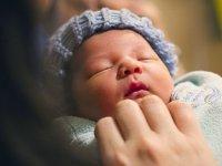 شیردادن به کودک حتی پس از گذراندن دوره نوزادی