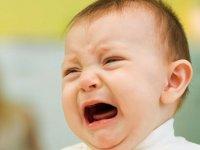 9 راهنمایی برای آرام کردن نوزاد نق نقو