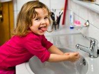 بچه ها و مراقبت های بهداشتی در دستشویی