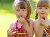 خورد و خوراک بچه ها در گرم ترین فصل سال