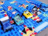 جیب های پارچه ای برای ماشین های اسباب بازی