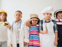 آشنا کردن فرزندان با شغل ها