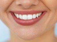 فوت و فن خانگی برای  داشتن دندان های مرواریدی