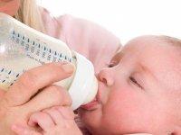 کدام شیشه شیر برای کودکان استاندارد است؟