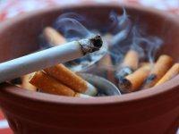 سیگار «مار» در آستین