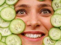 نقش تغذیه و سبک زندگی بر شادابی و سلامتی پوست