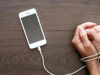 پیامد زیانبار تلفن همراه برای انگشتان دست