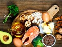 ۲۳ ماده غذایی که هرگز نباید خام خورده شوند