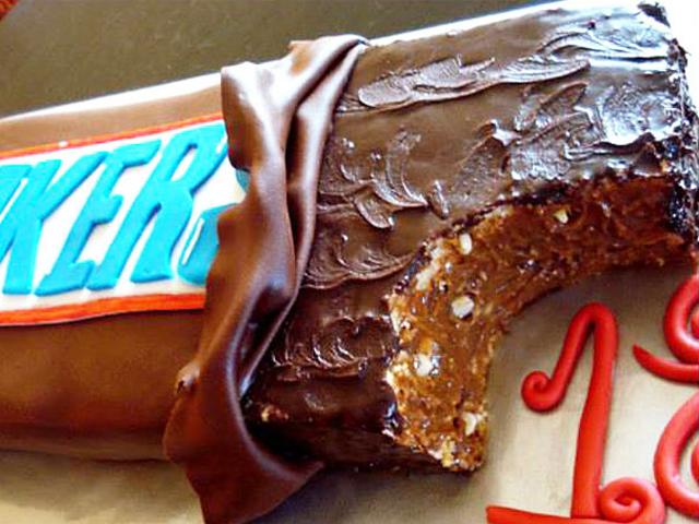 دنیای کیک و شیرینی