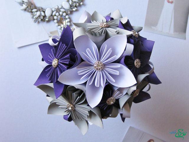 دسته گل کاغذی زیبا برای عروس