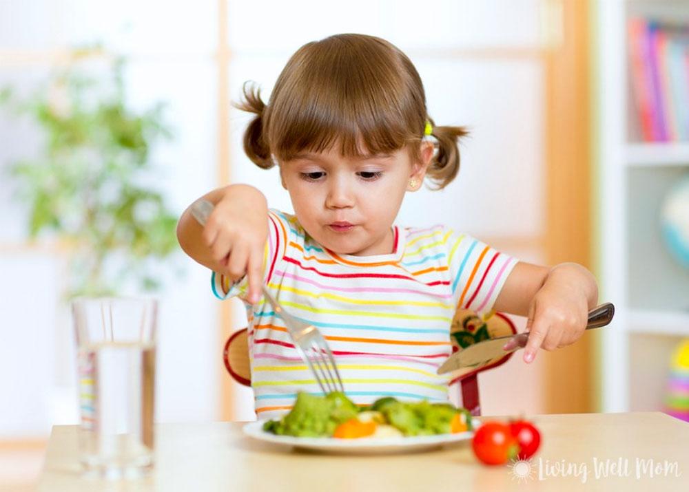 محیط مناسب برای غذا خوردن کودکان