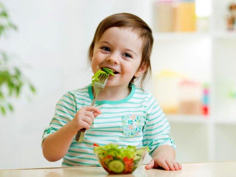 ملاحظات تغذیهای در کودکان تا ۵ سالگی