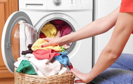 در استفاده از ماشین لباسشویی این اشتباهات را انجام ندهید!