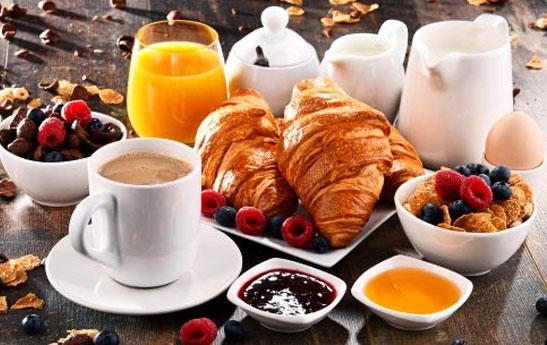 خوردن این مواد غذایی در وعده صبحانه چاقتان می کند