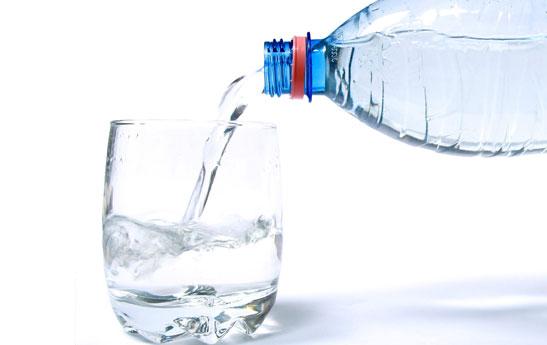 آیا آبمعدنی بـــرای ســلامت مــفید است؟