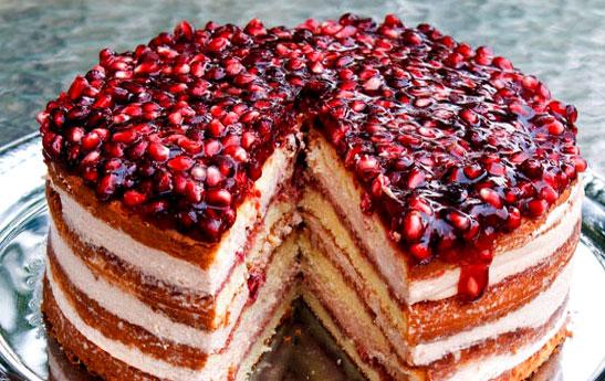کیک انار مخصوص شب یلدا