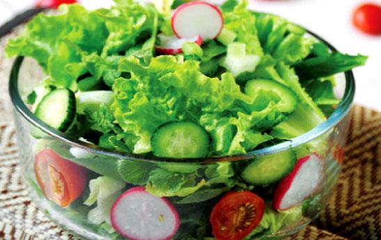 ســـالاد سبزيخوردن