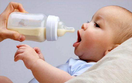 چه شیر خشکی باید برای نوزادتان انتخاب کنید ؟