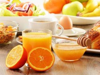 آیا حذف وعدههای غذایی منجر به لاغری فرد میشود؟