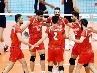 نبرد مرگ و زندگی در دیدار تیم ملی والیبال ایران و لهستان