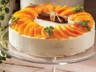 کیک اسپایسی با هلوی کاراملی
