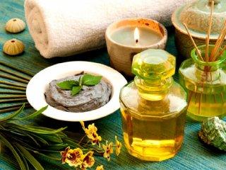 8 روغن گیاهی معطر برای داشتنی خوابی آرام و راحت