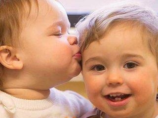 تقویت حس همدلی در کودکان