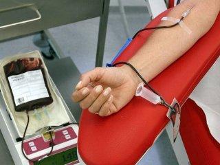 ماجرای توئیتهای پرحاشیه درباره شرایط اهدای خون در ایران