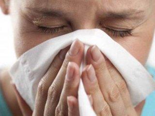 """تفاوت """"آنفلوآنزا"""" با """"سرماخوردگی"""""""