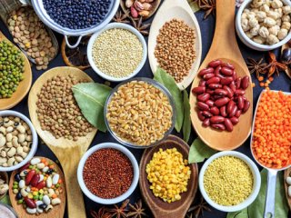 آشنایی با مهم ترین دانه های روغنی و فواید هریک از آنها برای بدن