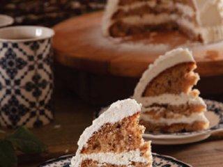 کیک دارچینی به شکل کلاه بافتنی