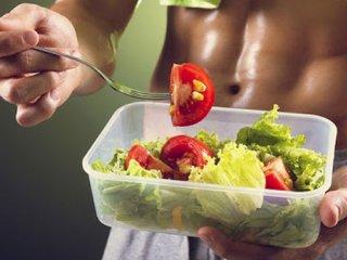 نقش کلیدی تغذیه در بدنسازی