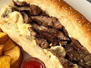طرز تهیه ساندویچ بیف با سس گشنیز + طرز تهیه