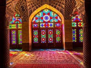 آشنایی با پنجره های ارسی ایران، اوج هنر چوب و شیشه + تصاویر