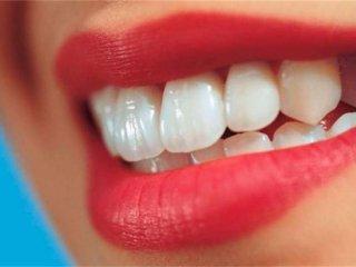 روشهای خانگی برای سفید کردن دندان