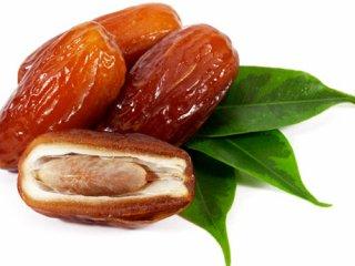 حکمت مصرف خرما  در ماه رمضان