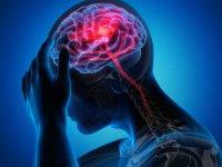 پشت میزنشینی خطر سکته مغزی را ۷ برابر بیشتر میکند